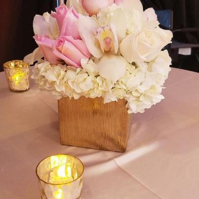 tlc-spouse-house-flower arrangements